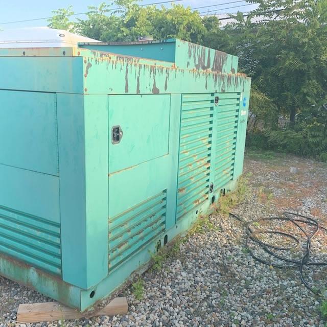 Used 400 KW Diesel ONAN Generator (CUMMINS) Michigan